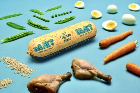 hundefoder med friske grøntsager